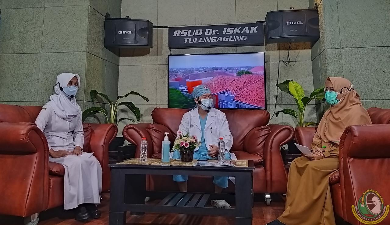 Kapan Pasien COVID-19 Harus Segera ke Rumah Sakit? Simak Penjelasan dr. Bobi Prabowo, Sp. Em
