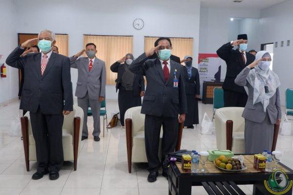 Peringati HUT ke-76 RI, Direktur RSUD dr. Iskak Ajak Civitas Hospitalia Isi Kemerdekaan dengan Kinerja Baik